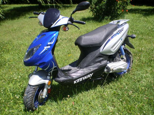 Courroie scooter doppler renforcé compatible avec cpi//keeway 782x16.8x28.8